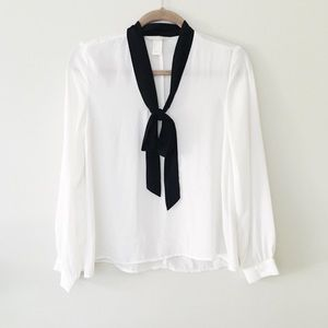neck tie blouse